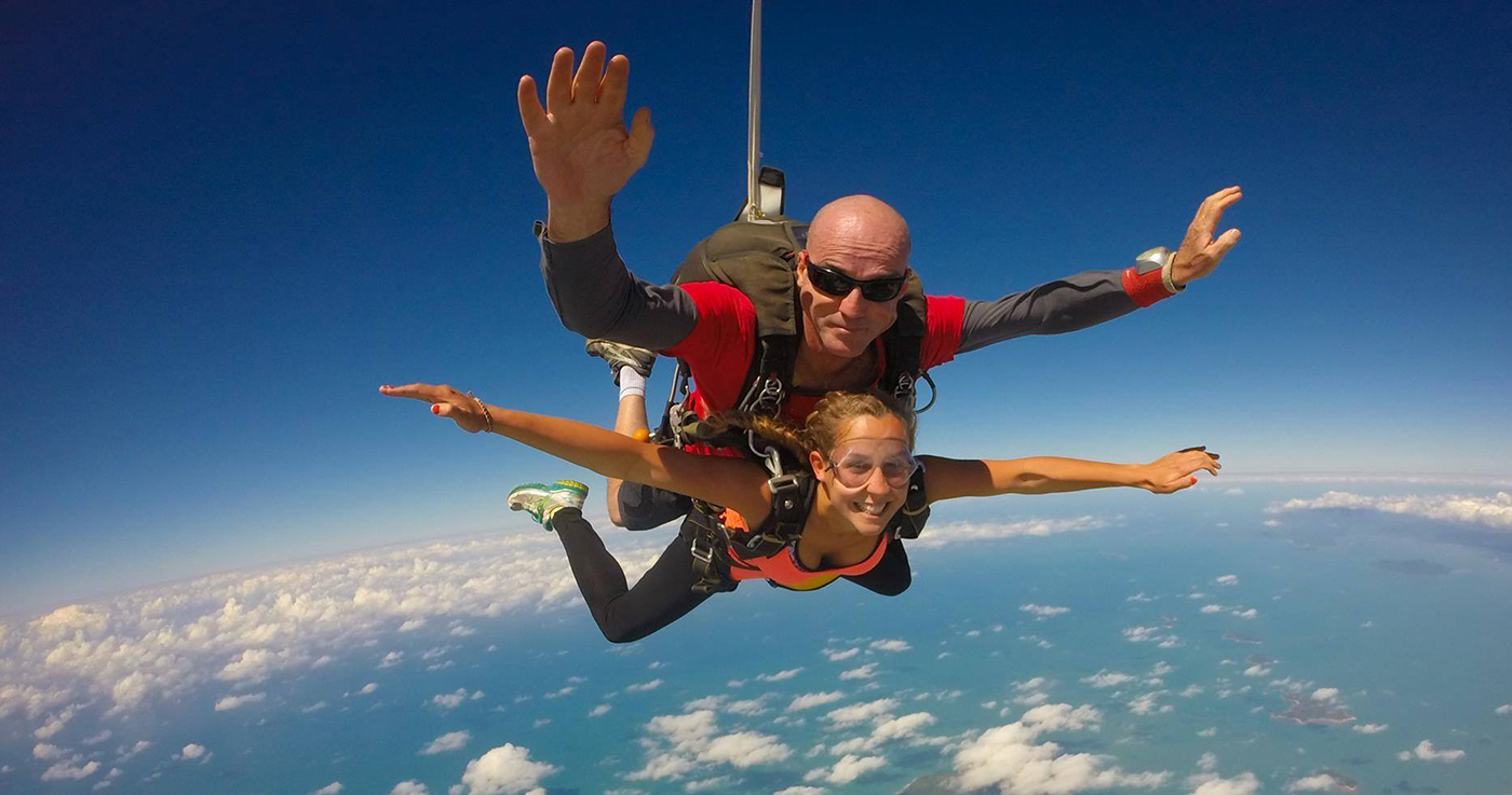 Enjoy The Thrills of Freefall Skydive